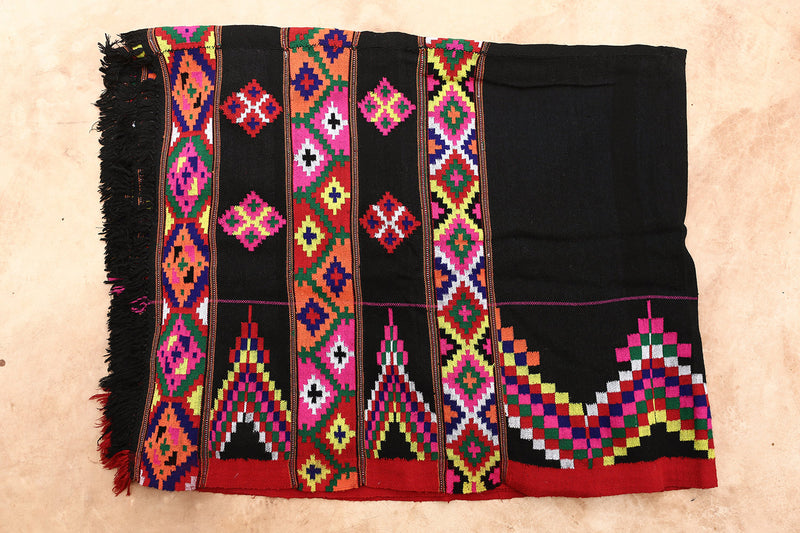 MADHU THROW BLANKET BLACK