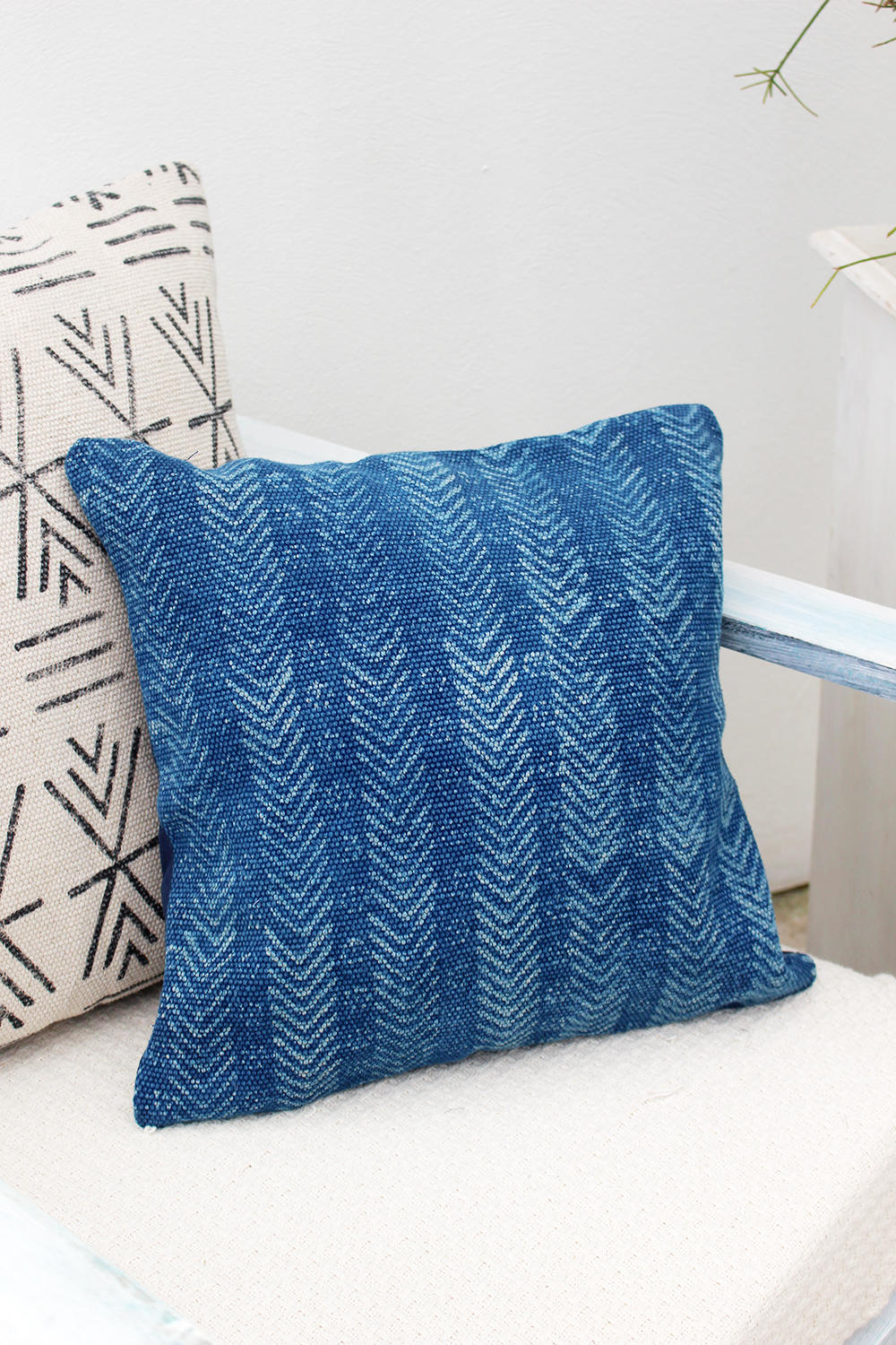 INDIGO SQUARE DECORATIVE CUSHION COVER