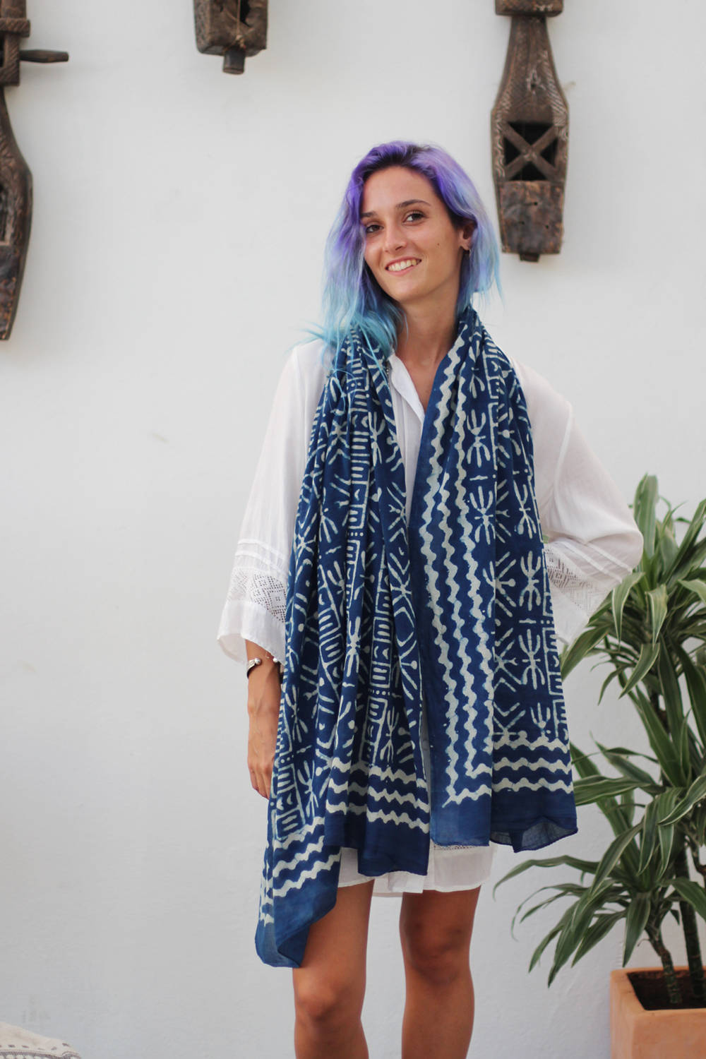 SHIRA SCARF AFRICA INDIGO AND WHITE