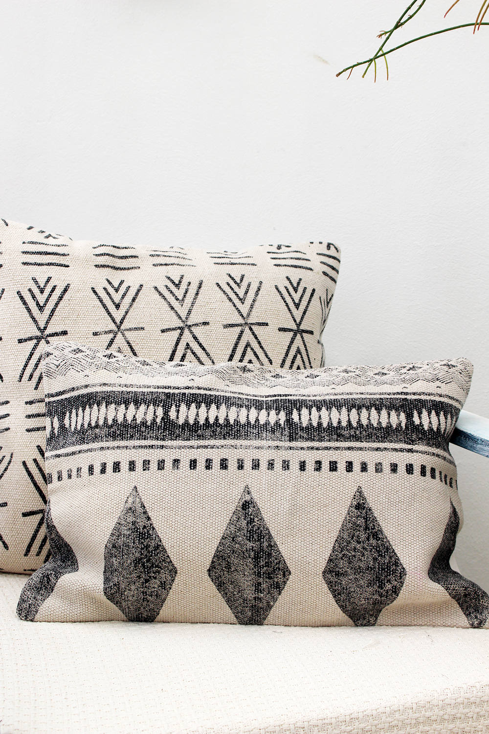 JIVA RECTANGLE DECORATIVE CUSHION COVER