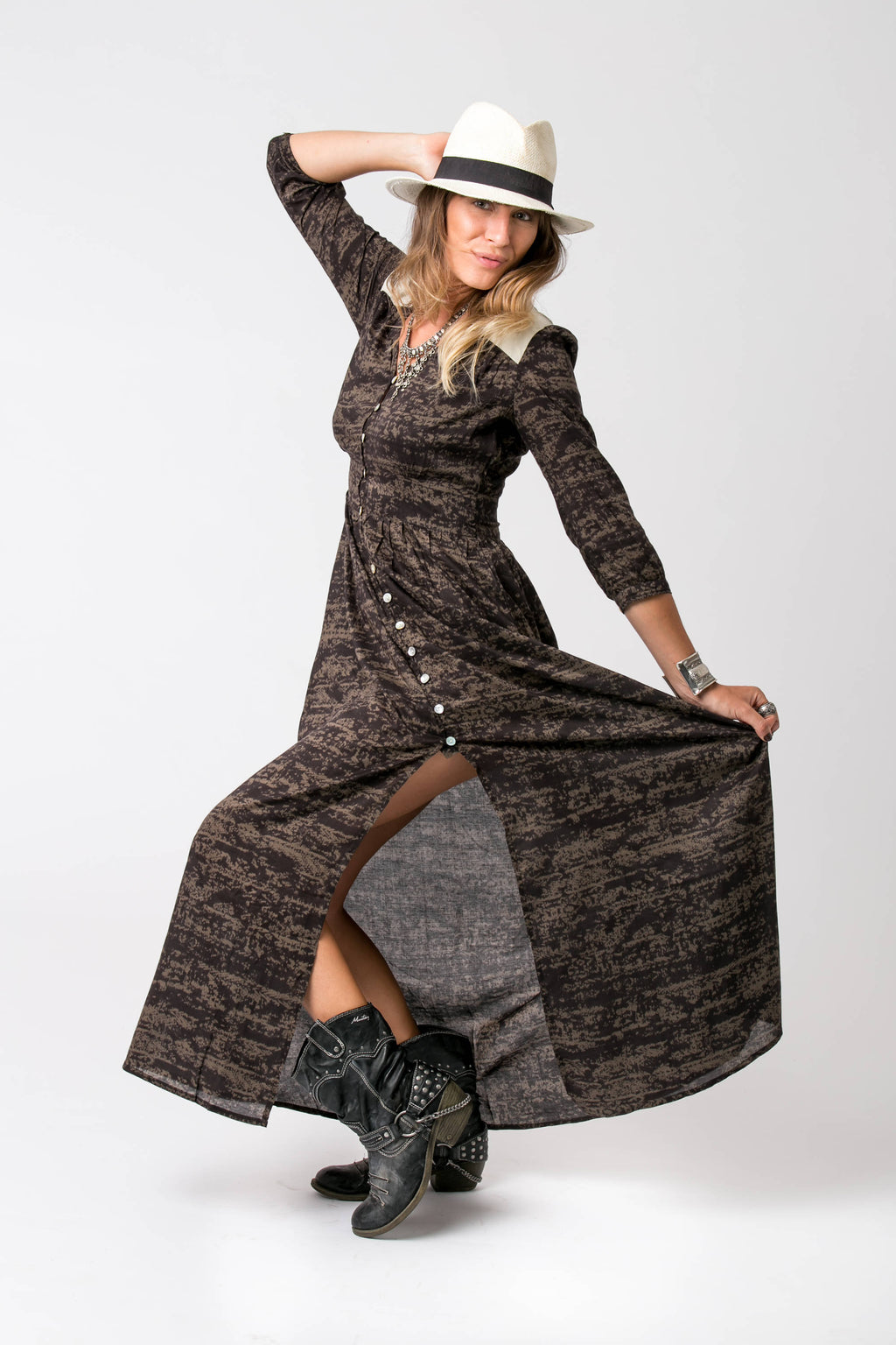 AYAH MAXI DRESS BLACK AND BROWN