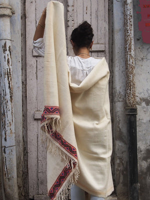 MADHU THROW BLANKET OFF-WHITE - C