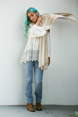 JUL SCARF CREAM AND OFF-WHITE