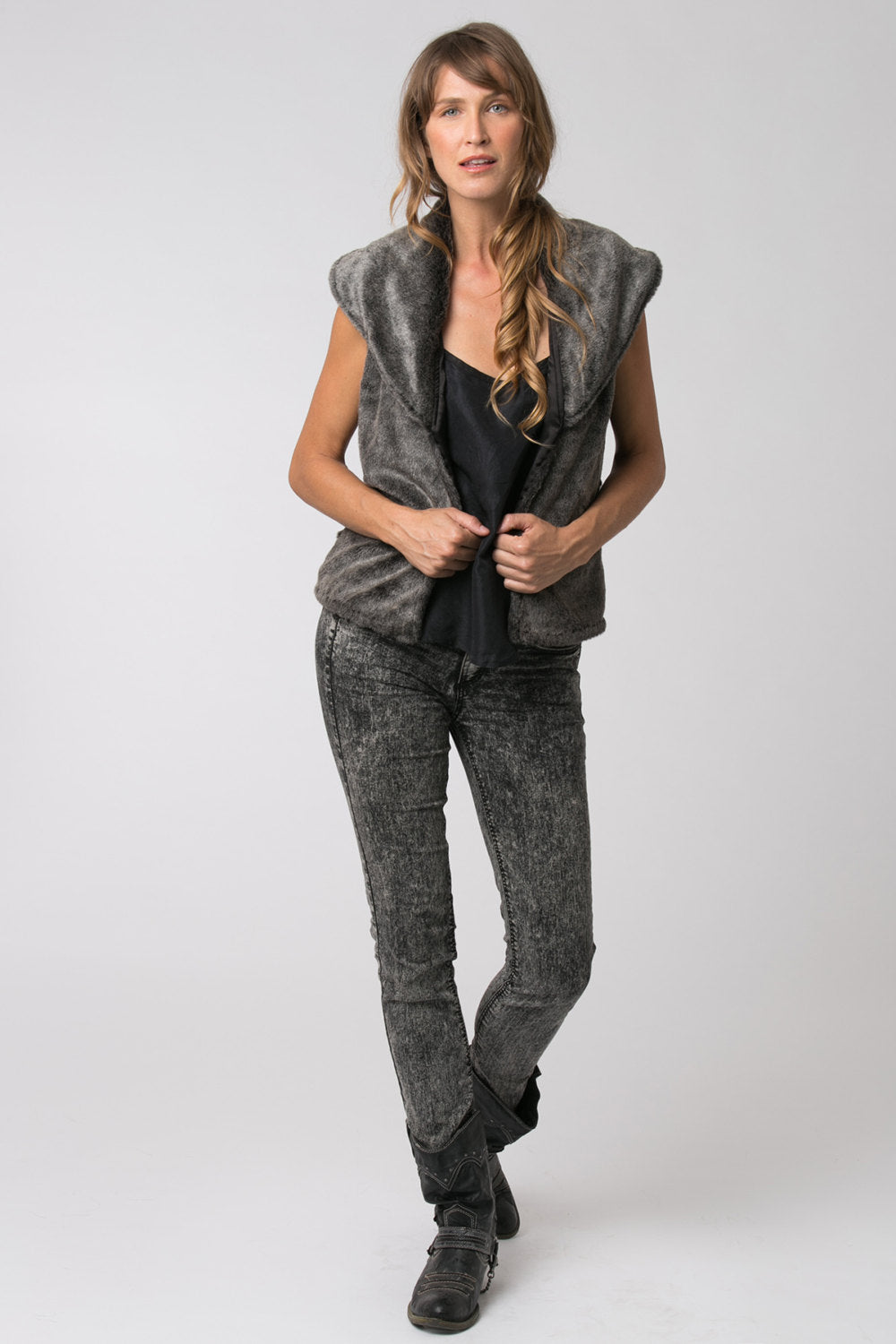 Mitchell Faux Fake Fur Vest in Grey