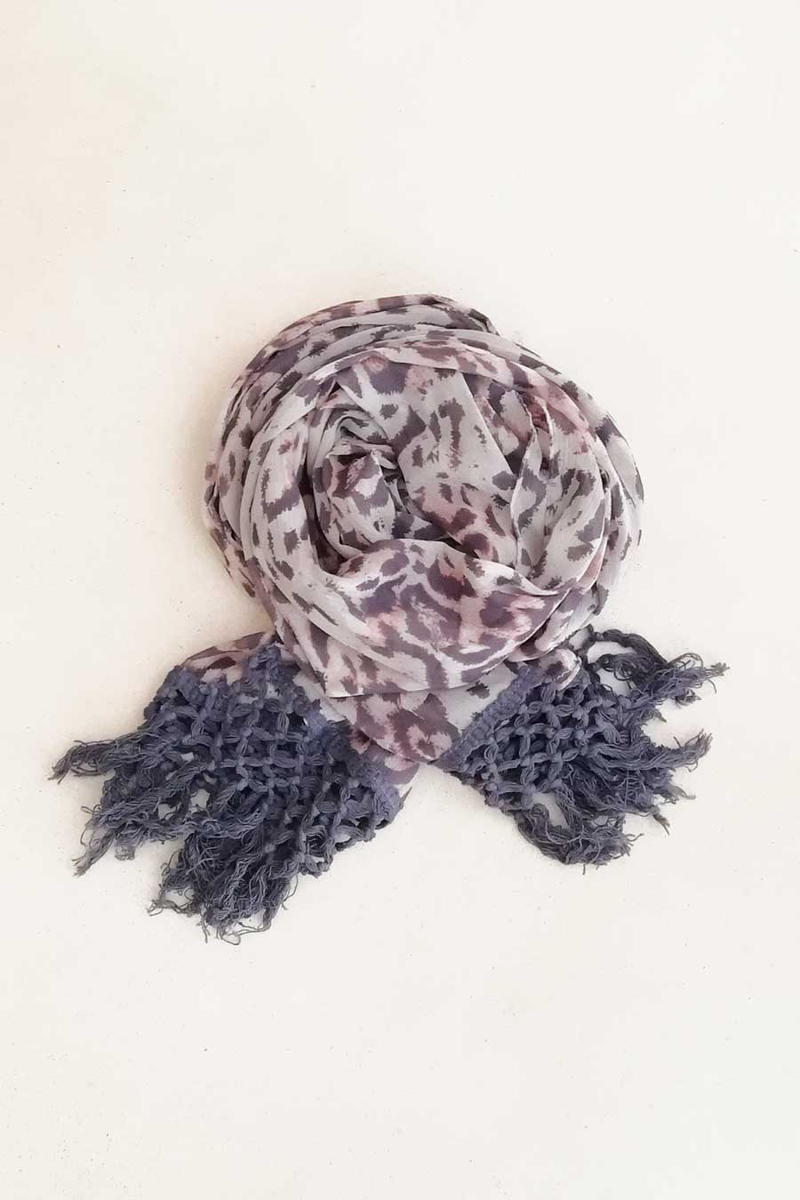 Leo Printed Narrow Scarf with Tassels