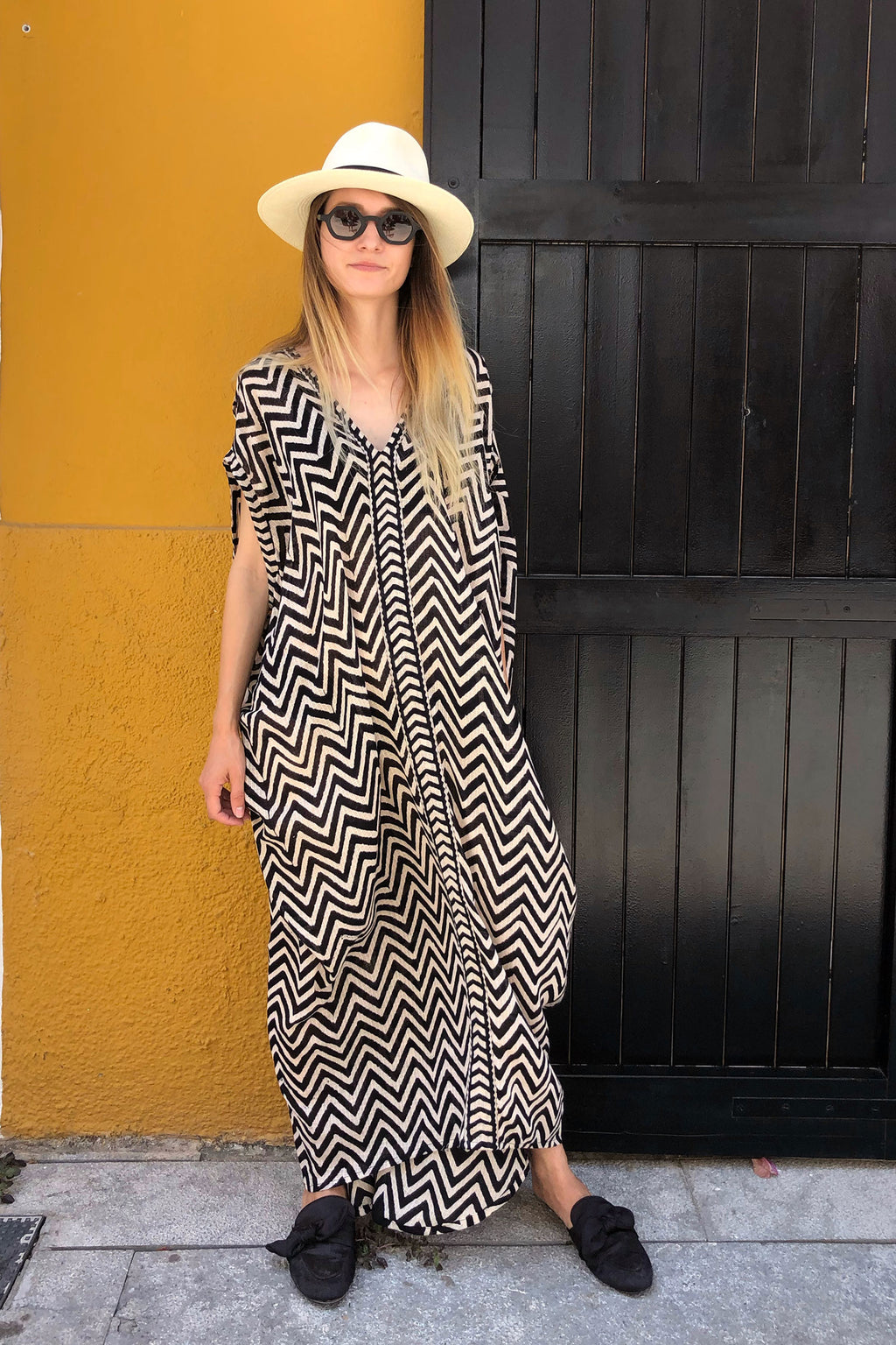 Black and White Long Summer Kaftan Dress