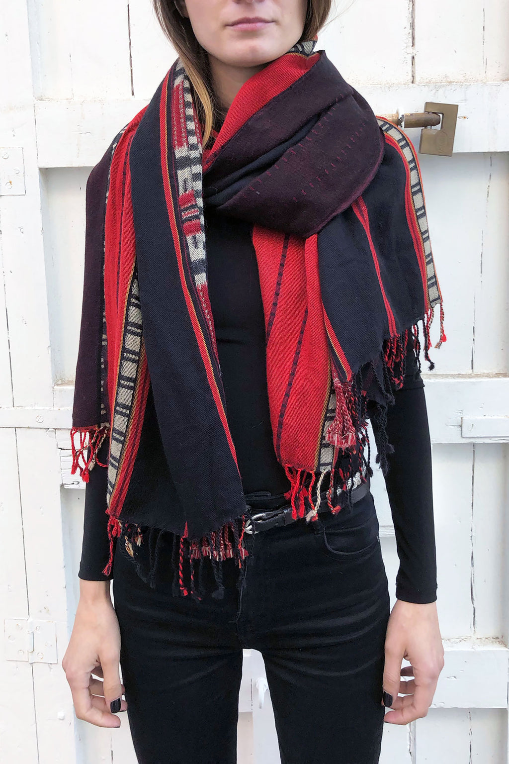 Saramati Scarf Naga Lang Wool Tribal Red Black