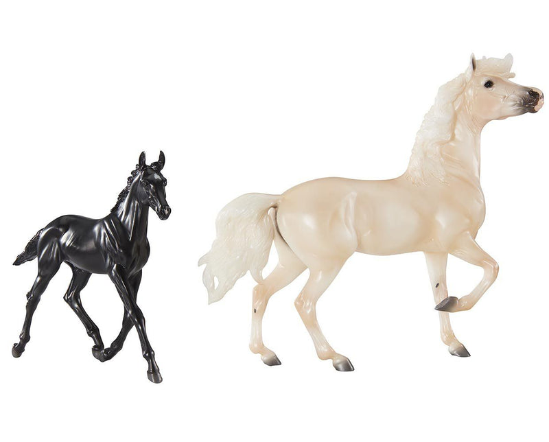 Breyer Encore & Tor Gift Set