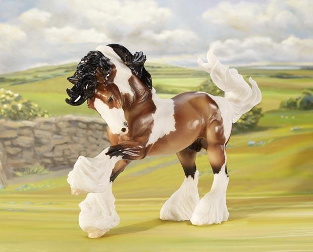 Breyer GYPSY VANNER Model Horse