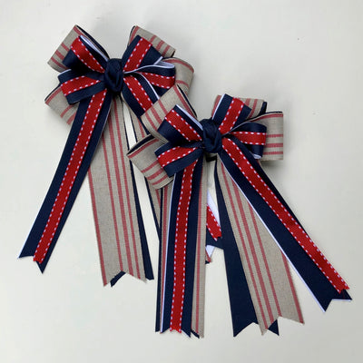 Show Bows with Streamers