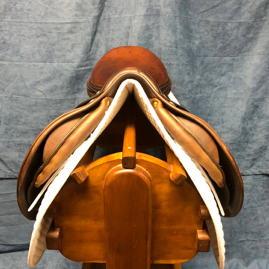 "17.5"" Luc Childeric Close Contact Saddle (#580)"