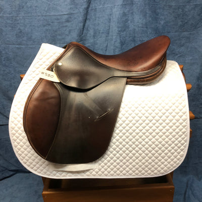 "Luc Childeric Close Contact Saddle 17.5"" Seat"