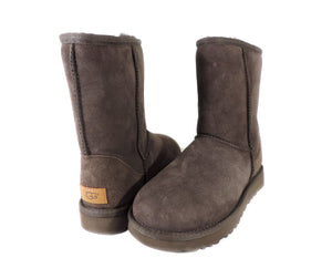UGG: W CLASSIC SHORT II - CHO - Got Your Shoes