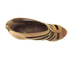 Report Signature- Brown Lilly - Got Your Shoes