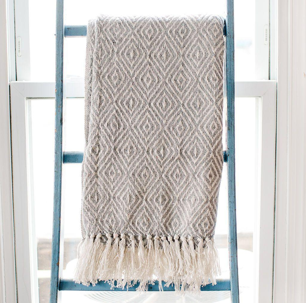 Gray Diamond Rethread Throw