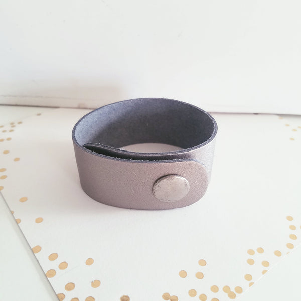 "Pewter Metallic / Leather Cuff Bracelet / Adjustable Snap Closure / 1""x 9"" / FREE SHIPPING"