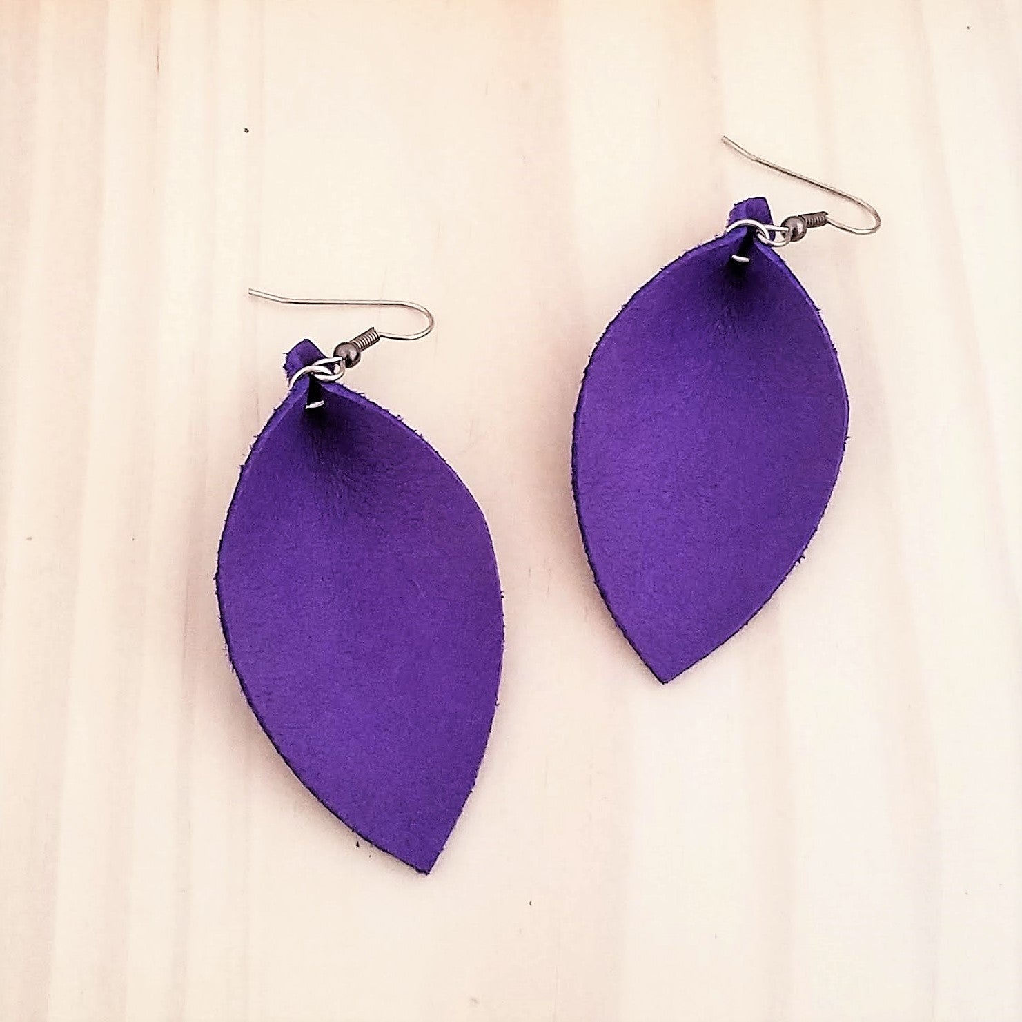 "Genuine Leather Earrings / Ultra Violet / Purple Earrings / 2.5"" x 1.25"""