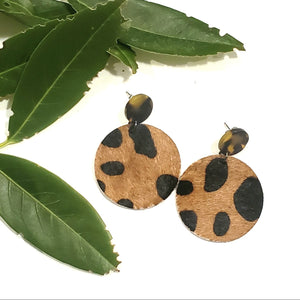 Acrylic Leather Disc Earrings / Tortoise shell / Cheetah Print / Retro Earrings / Statement Earrings