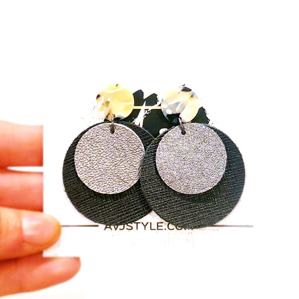 Acrylic & Leather Disc Earrings / Black Pearl / Silver / Retro Earrings / Statement Earrings