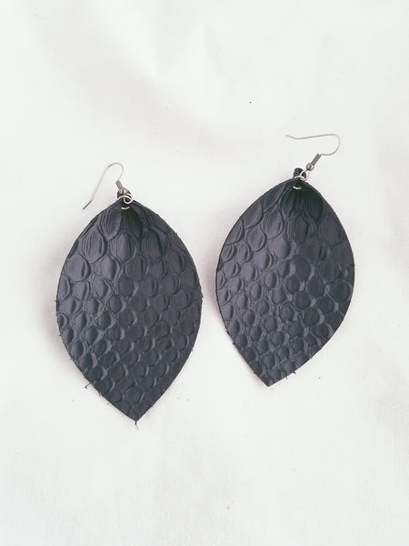 Black Snake / Leather Earrings / Leaf Style / XL / FREE SHIPPING