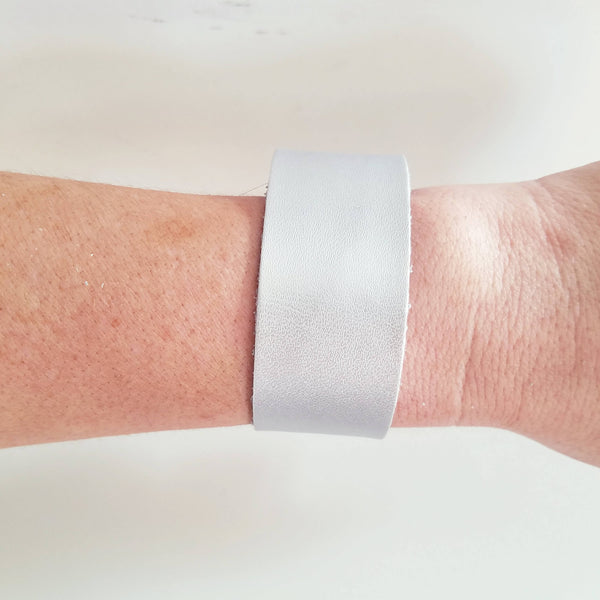 "Silver Metallic / Leather Cuff Bracelet / Adjustable Snap Closure / 1""x 9"" / FREE SHIPPING"