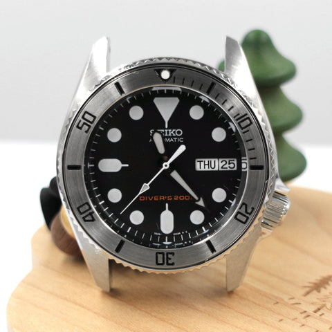 SKX013 BGW9 Lumed Steel Bezel Insert - Black Submariner by Lucius Atelier | SEIKO Mod Parts