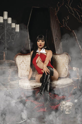 Vampirella #12 - 1:25 Ratio Cosplay Variant