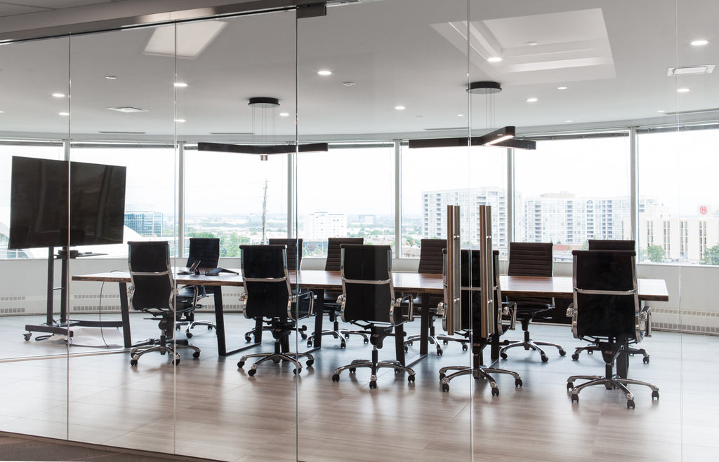 5 things to consider when it's time for a new boardroom table