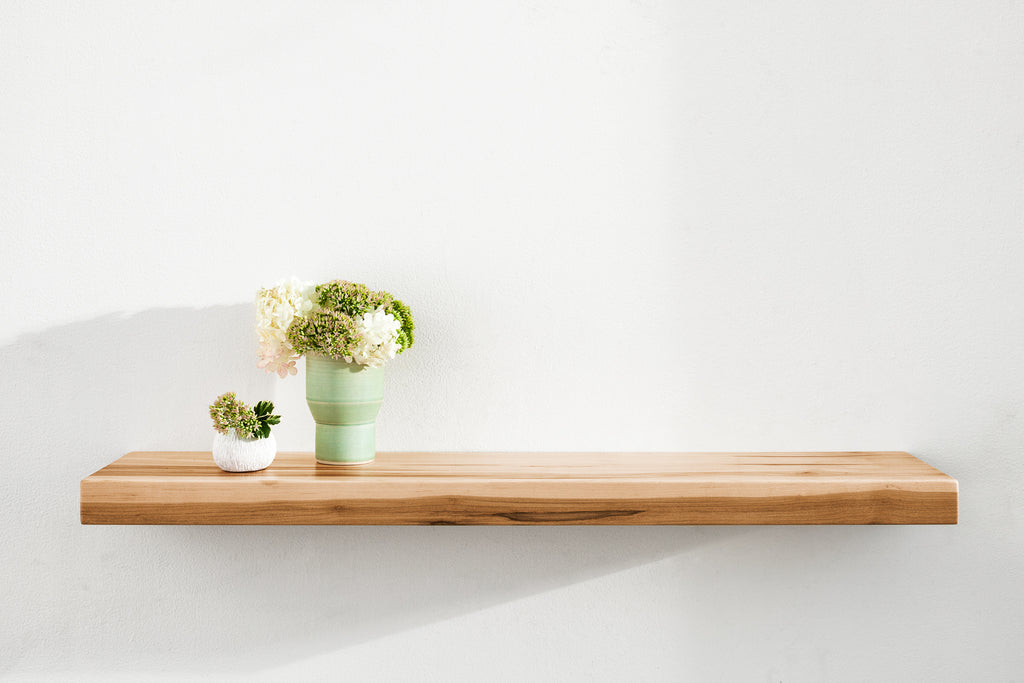 Stratus Floating Shelf with HOVR Bracket - Ambrosia Maple
