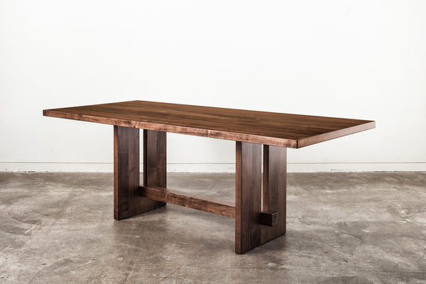 Kantan Ambrosia Maple Dining Table