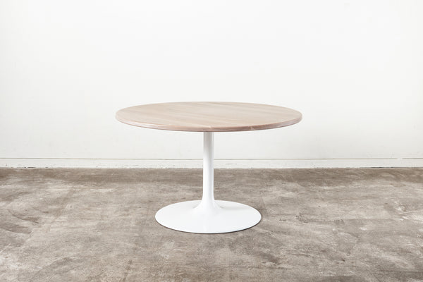 White Tulip Bistro table