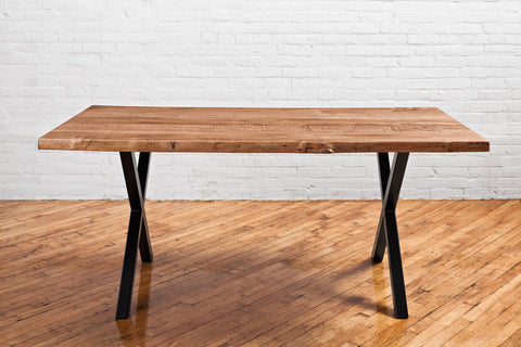 Live Edge Dining table - Ambrosia Maple - Mid-amber