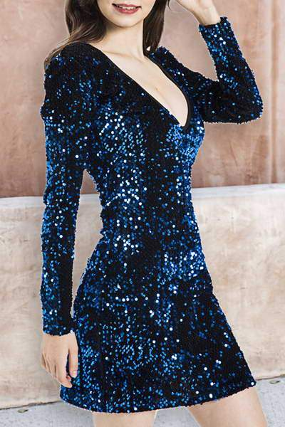 long-sleeve-v-neck-short-sequined-metallic-bodycon-party-dress