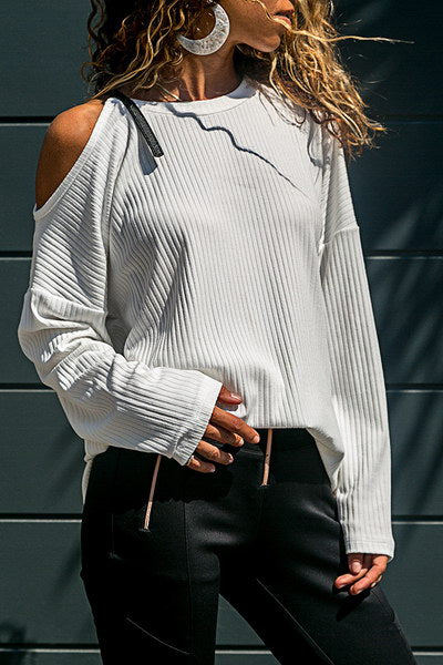 Buckle Cold Shoulder Tee