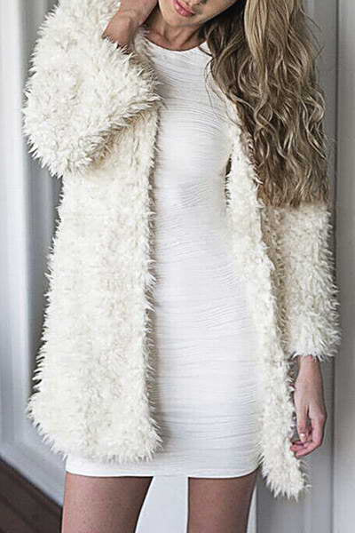 bracelet-sleeve-collarless-thigh-length-white-shaggy-faux-fur-coat