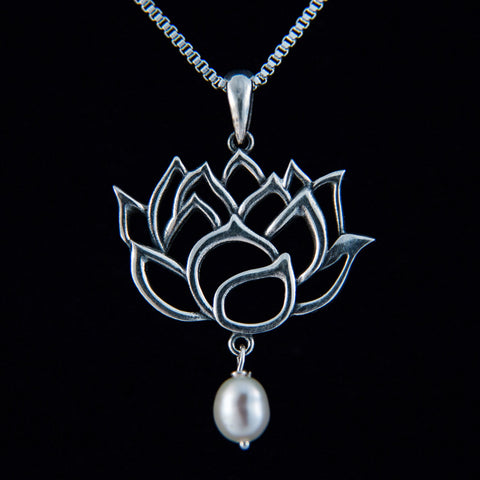 Lotus Outline with Pearl Pendant