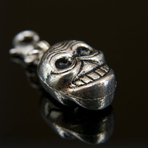 Antiqued Pewter Skull Bhum Counter