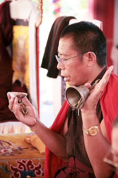 Tulku Sang-ngag Rinpoche with Bell Photo