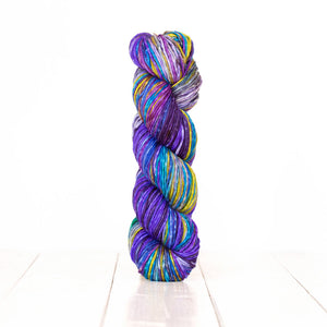 Uneek Worsted Weight - Self Striping Yarn