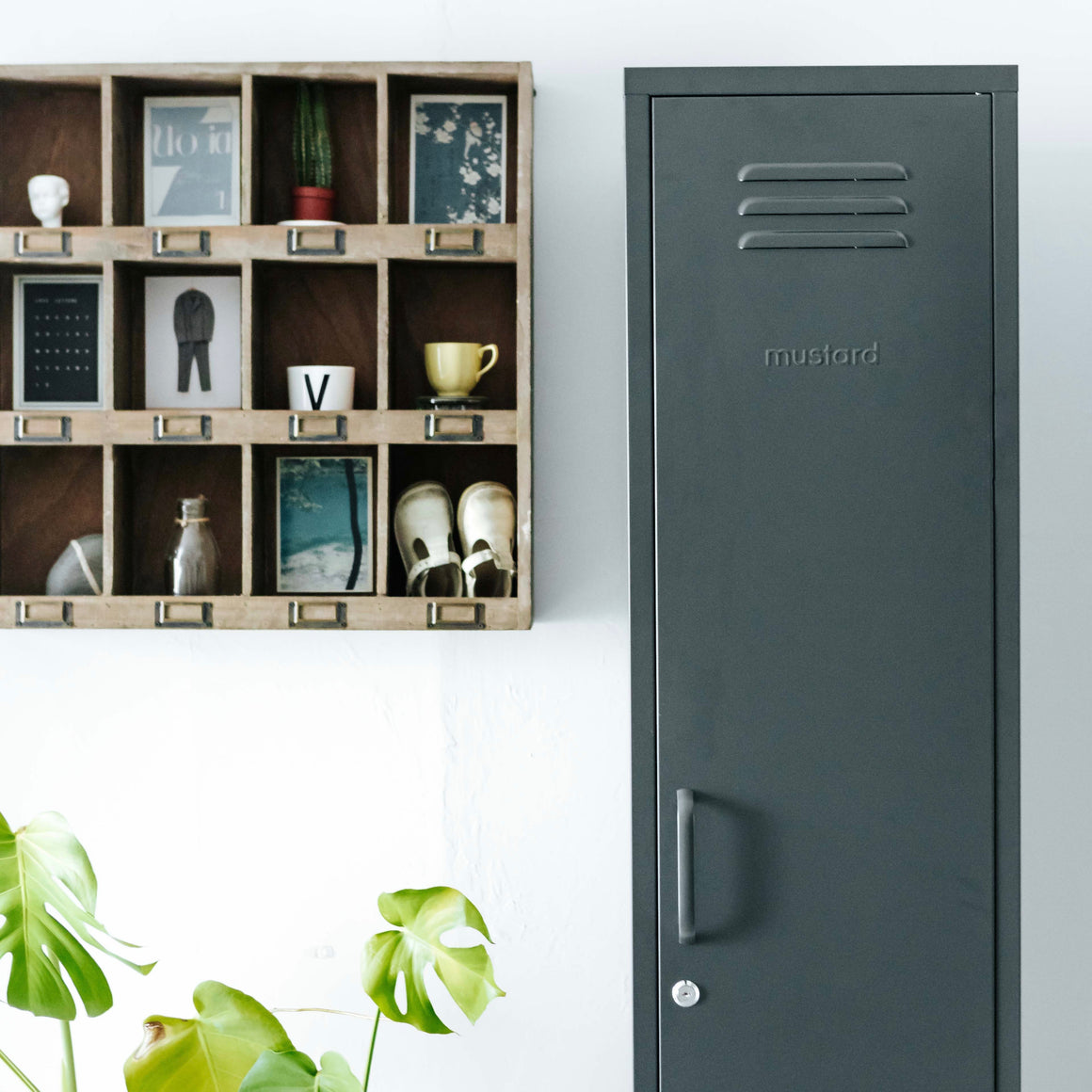 The Skinny Locker - Slate