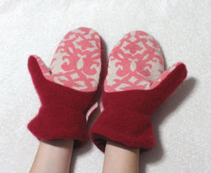 Pink/red felted merino wool sweater mittens,pink/red merino wool mittens,women/teen mittens,red/pink wool flower,Eco-Friendly mittens,