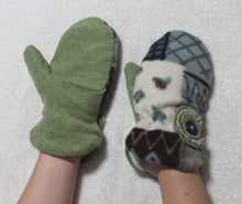 Blue handmade fleece mittens,fleece mittens,small,fleece lined mittens,women,teens,Eco-Friendly,blue fleece mittens,green fleece lining