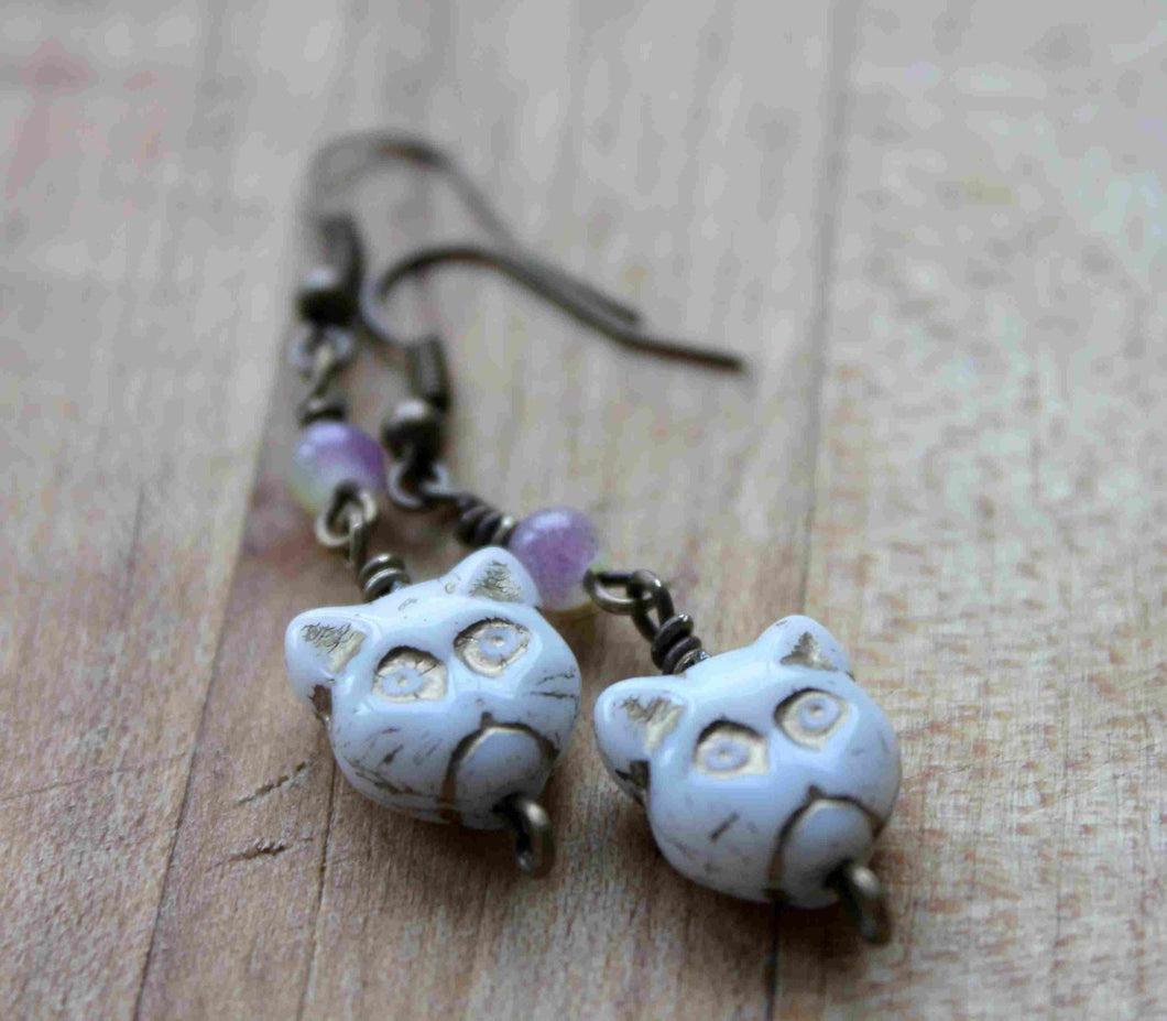 cat earrings,glass cat beads,grape and lime glass beads,Halloween earrings,antique brass earrings,cat beads,grape and lime bead,cat earrings