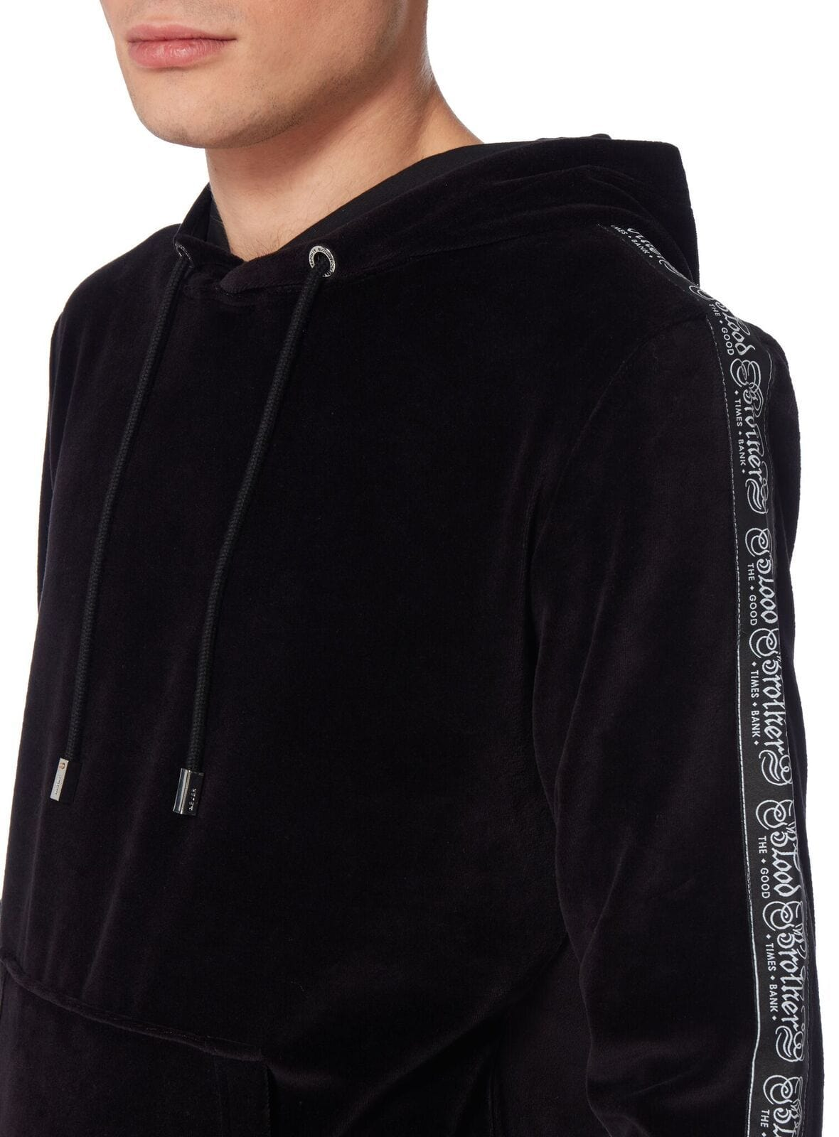 Default Hoody In Black