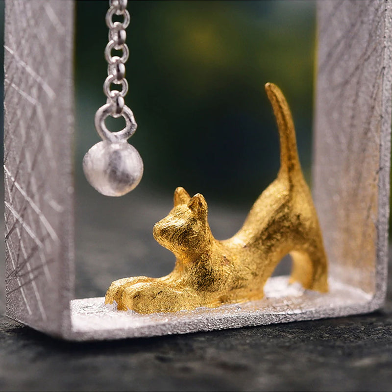 Pendentif CHAT JOUEUR - Plaqué Or - Real 925 Sterling Silver Designer Fine Jewelry 18K Gold Fashion Cat Playing Balls Pendant without Necklace for Women - Honessy