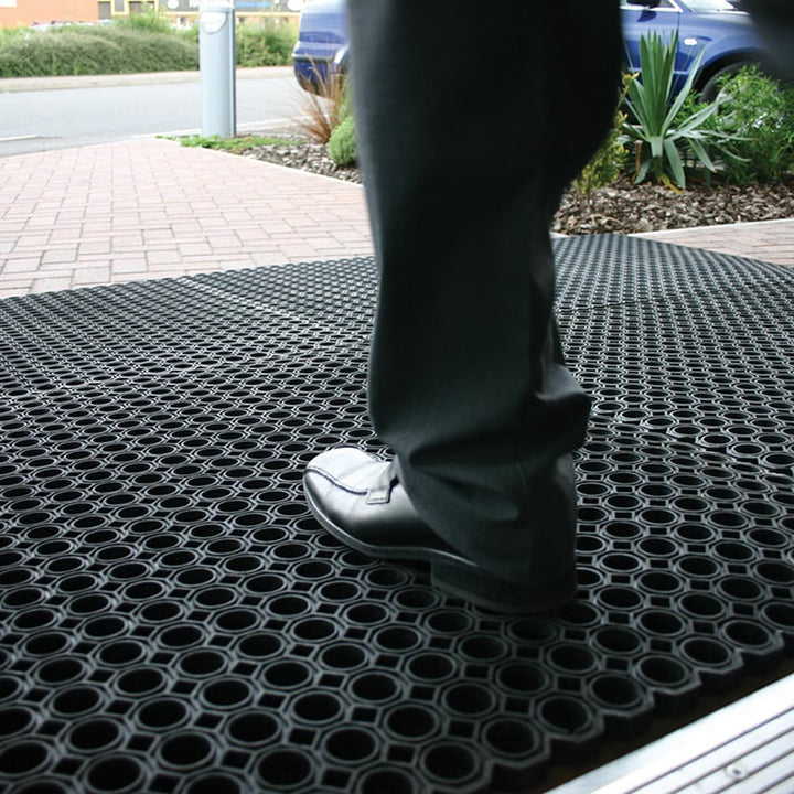 RingMat - Exceptionally Hard Wearing External Mat
