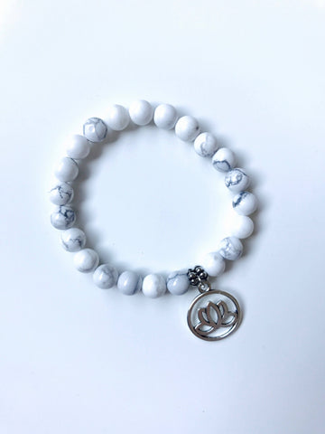 Om Howlite Stretchy Mala Bracelet with Charm