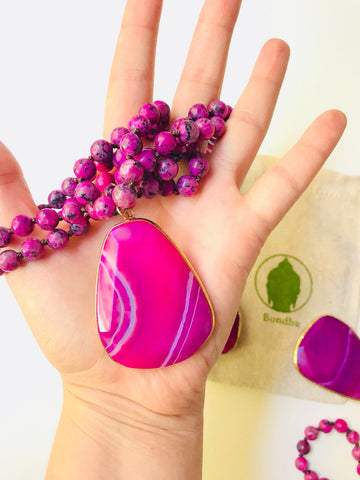 Fuchsia Pink Agate Mala Bead Necklace with Large Polished Agate Swirl Pendant
