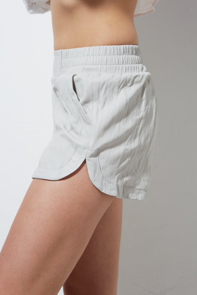 WASHED LEATHER SHORT - OYSTER