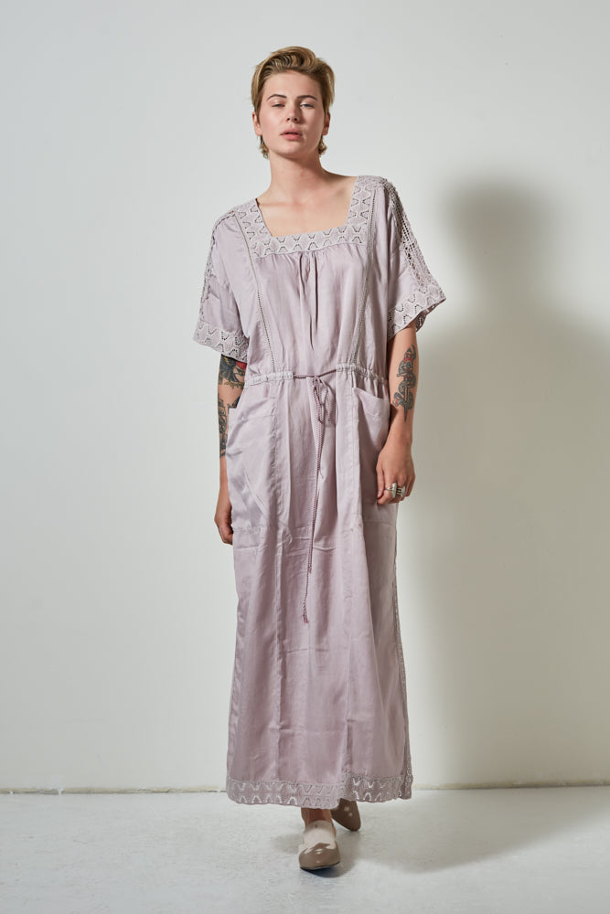 PFEIFFER DRAWSTRING WAIST DRESS- HYDRANGIA